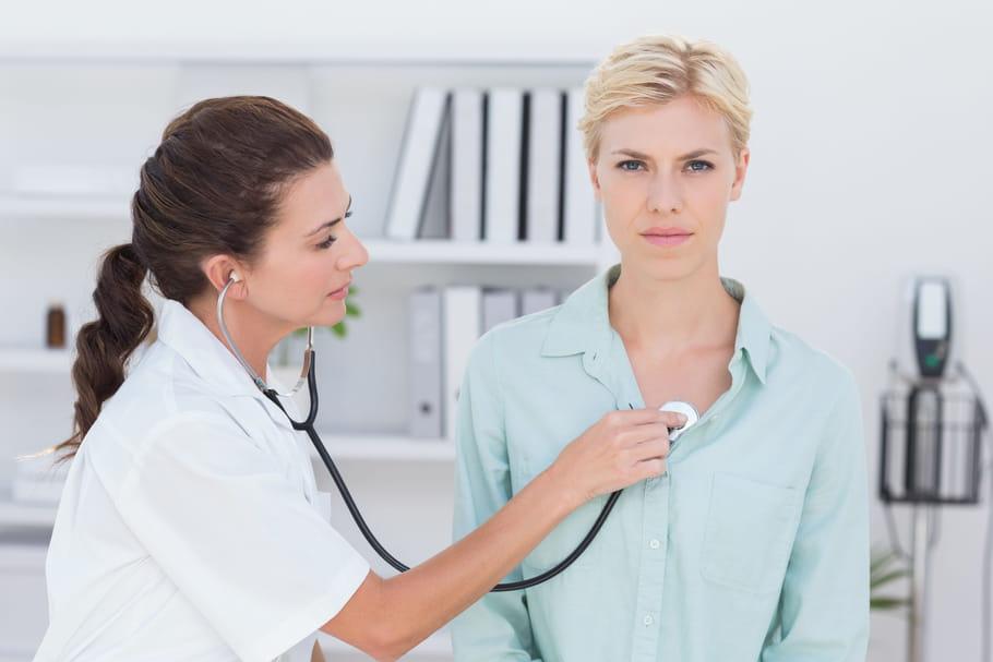 Comorbidité : ça veut dire quoi, quels sont les facteurs ? - Le Journal des Femmes