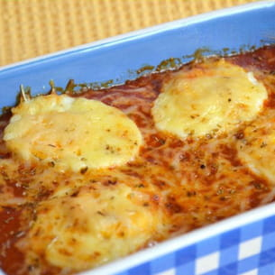 gratin d'oeufs durs à la sauce tomate