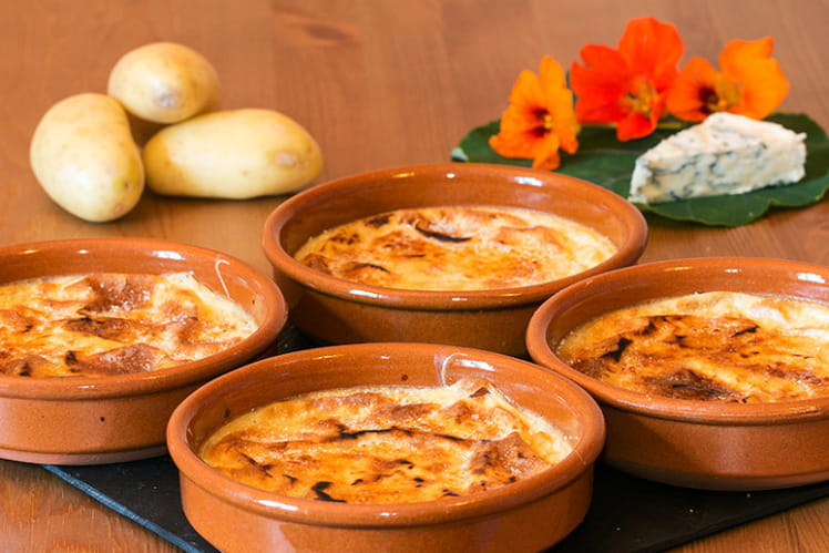 Crèmes brûlées de pommes de terre Charlotte à la Fourme d'Ambert
