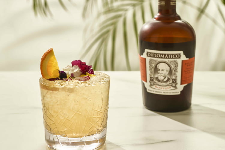 Cocktail Mantuano Cobbler Flower by Diplomatico
