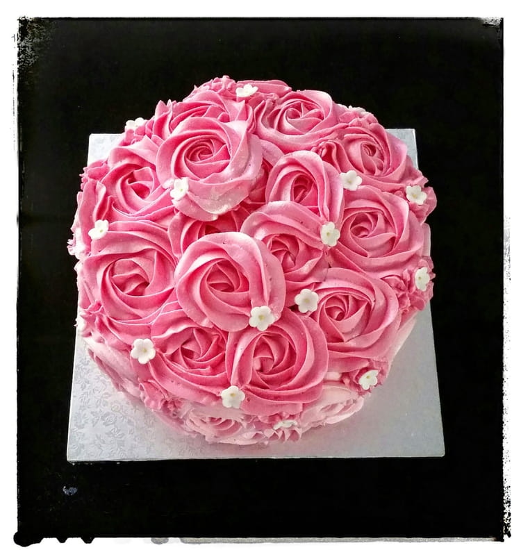 decoration gateau roses