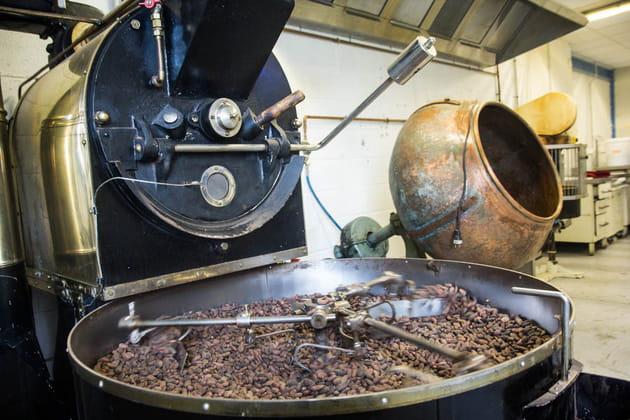 Reportage chocolatier Patrice Chapon : torréfaction
