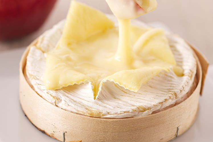 Camembert rôti à la pomme