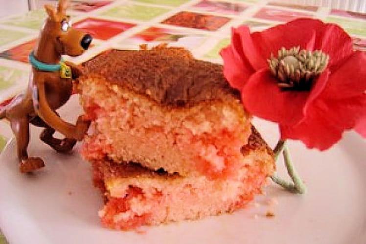 Cake aux fraises Tagada et sirop de fraise