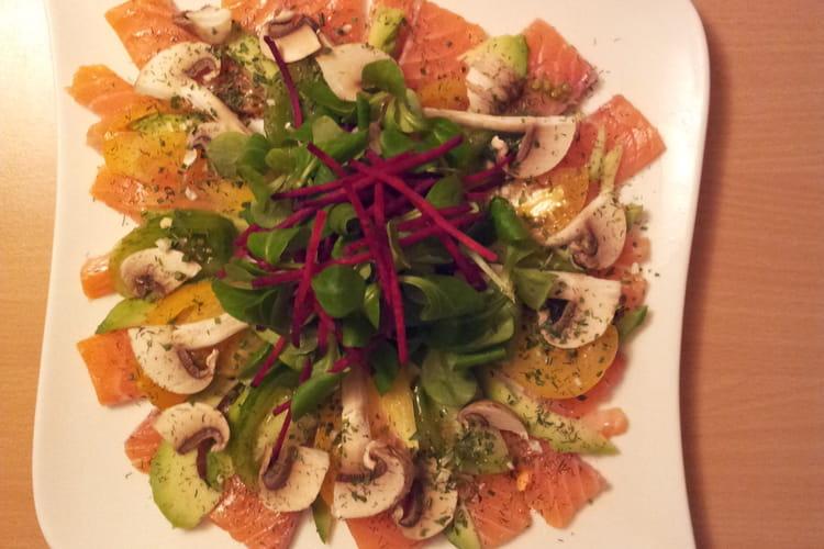 Salade de sashimi de saumon