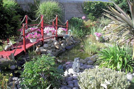Le petit pont rouge - Deco jardin chinois ...