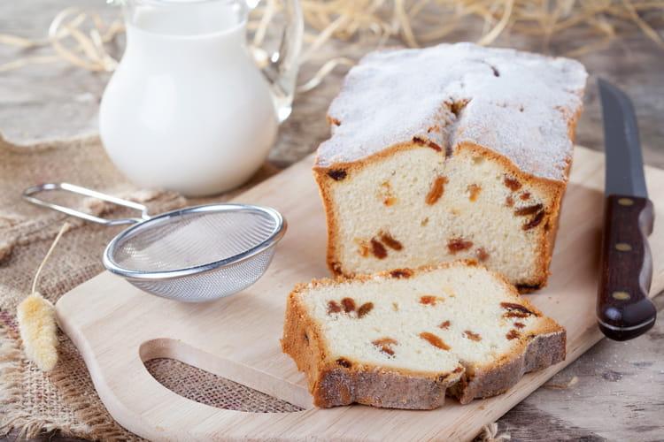 Gâteau au yaourt aux raisins secs