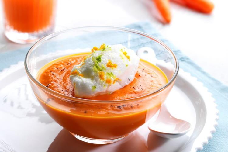 Ile flottante revisitée, velouté de carottes à la vanille et oeuf à la neige aux agrumes