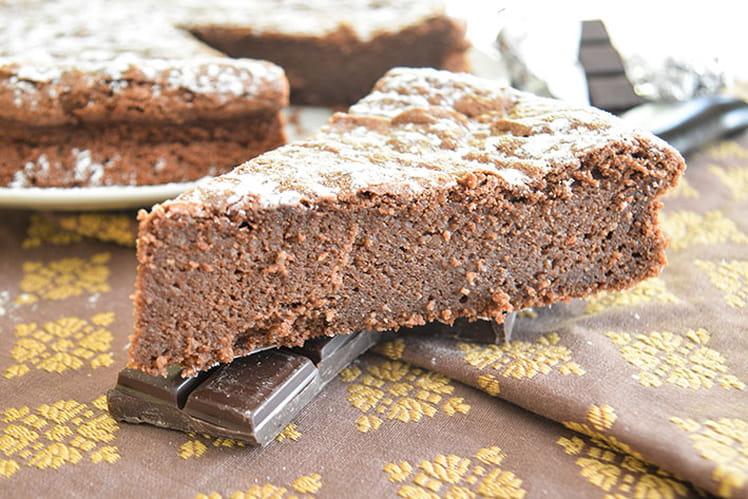 Gâteau au chocolat ultra moelleux à cœur