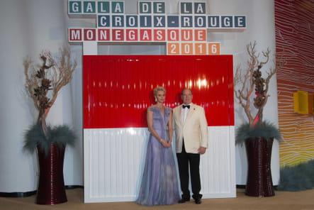 Monaco : le 68e Gala de la Croix-Rouge en images [PHOTOS]