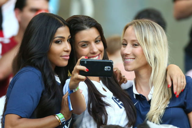 Supportrices sexy Coupe du monde 2014 WAGs Selfie