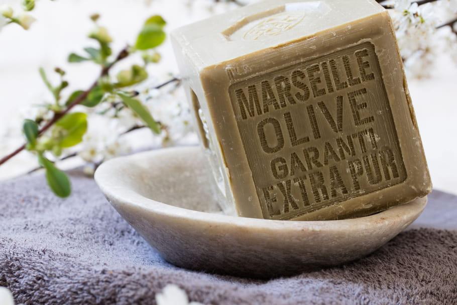Savon de Marseille: que faire avec dans la maison?