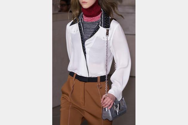 Louis Vuitton (Close Up) - photo 36