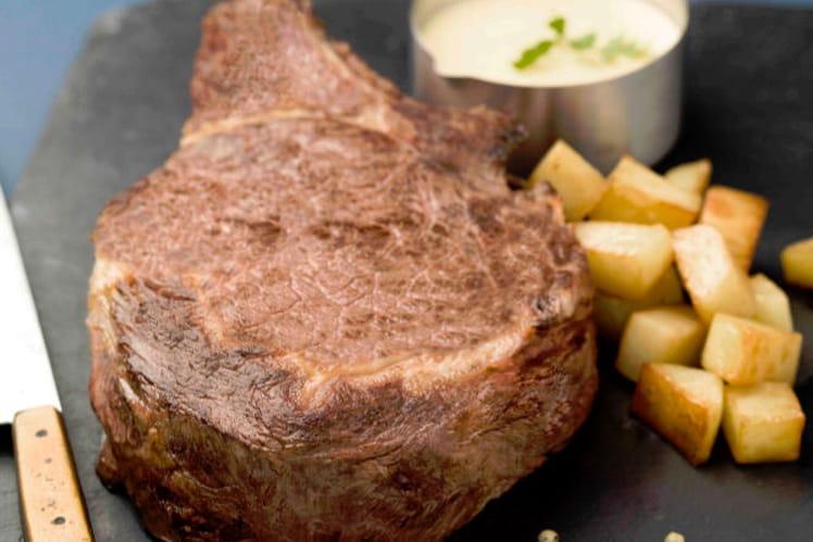 Recette de c te de boeuf cuite basse temp rature fondant de pommes de terre et sauce - Comment cuisiner basse cote de boeuf ...