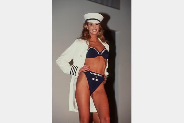 Elle McPherson le 17décembre 1994