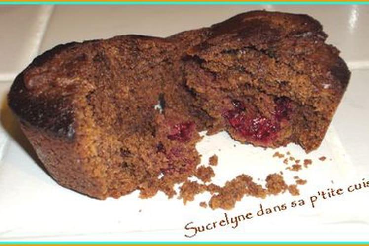 Muffins au chocolat fourrés à la framboise