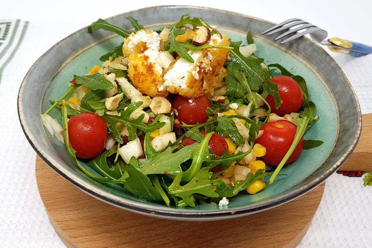 Salade fenouil, roquette, maïs et chèvre pané