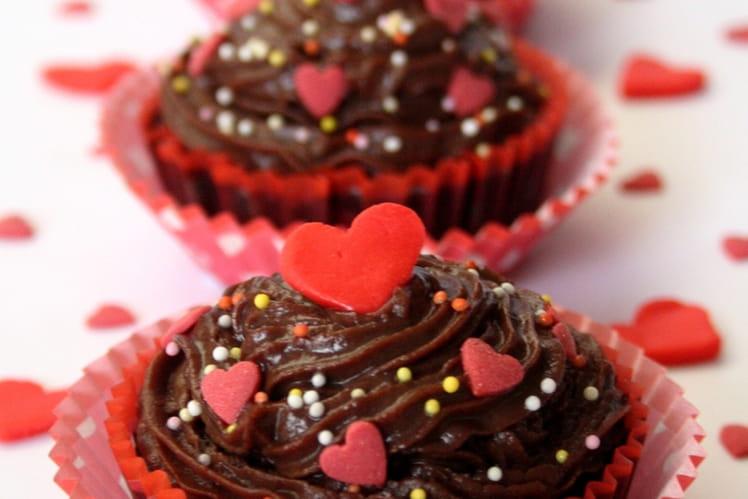 Muffins de Saint-Valentin au chocolat en cupcakes