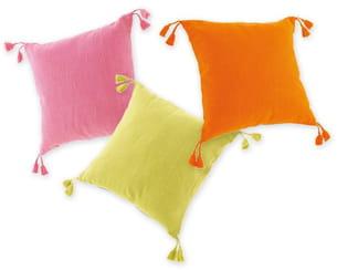 Quoi de neuf chez Fly : des coussins aux couleurs acidulées
