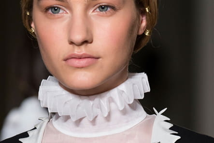 Valentino (Close Up) - photo 21