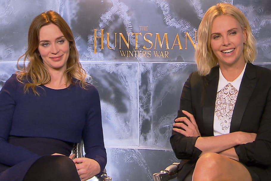 Interview : Charlize Theron et Emily Blunt n'ont pas froid aux yeux