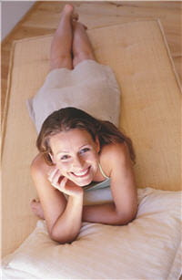 choisissez un matelas confortable sans être ni trop dur, ni trop mou.