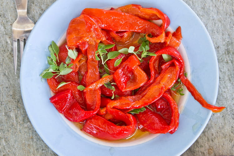 Recette de salade de poivrons grill s la recette facile - Salade de poivrons grilles ...
