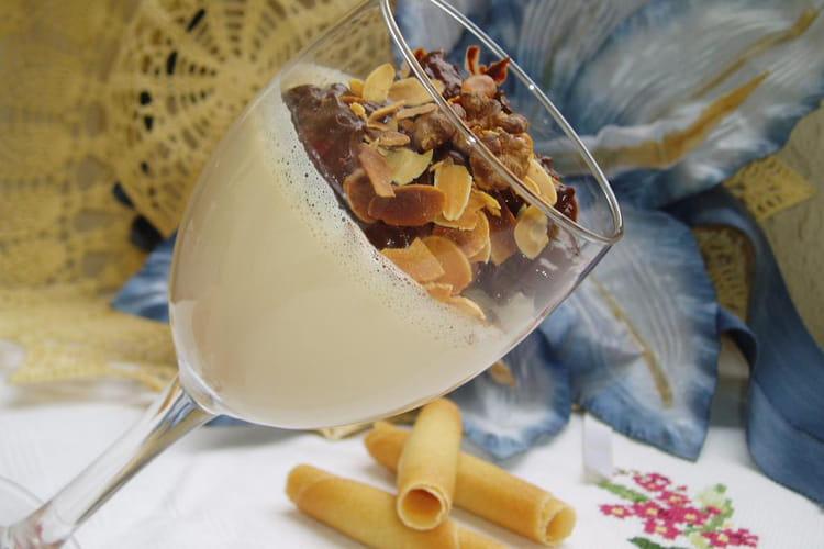 Panna cotta au Bailey's et aux fruits secs chocolatés