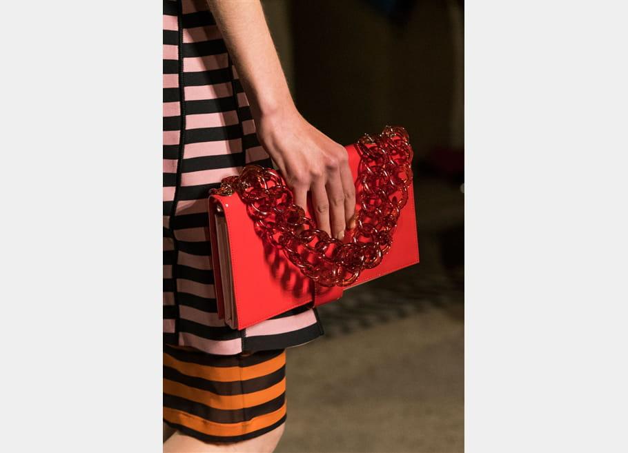 Givenchy (Close Up) - photo 21