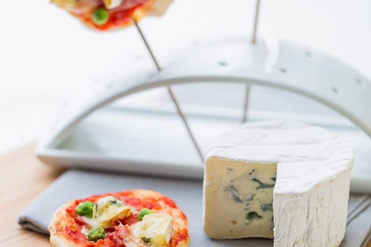 Sucettes de pizza au Bresse Bleu