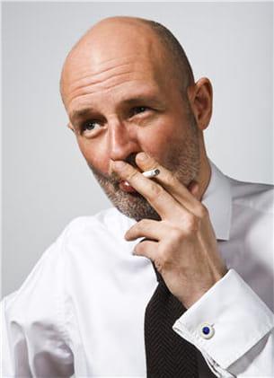 la perte des cheveux due au tabagisme concerne aussi bien les hommes que les