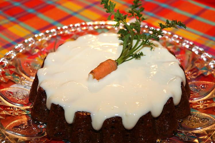 Gâteau aux carottes, noix et canneberges