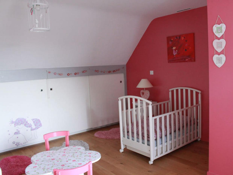 Chambre de fille une d co douce et romantique - Deco chambre fille romantique ...