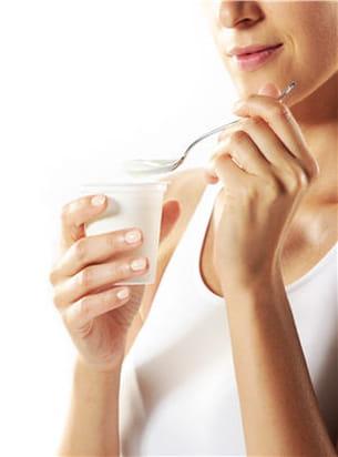 deux yaourts 0 % ne dépassent pas 100 kcal.