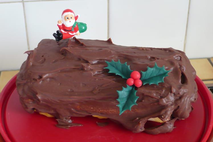 Gâteau roulé aux Mon Chéri façon bûche