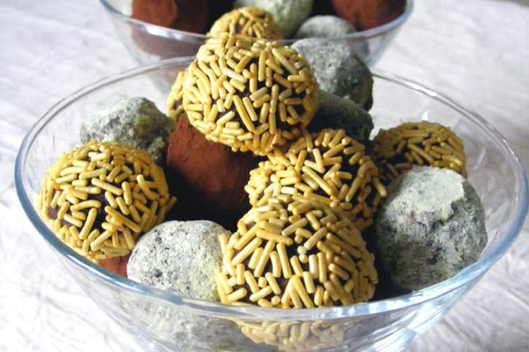 Truffes au citron et aux éclats de fève de cacao