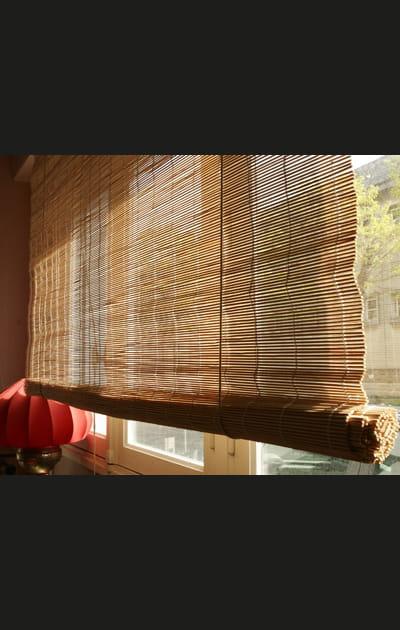 Relooker un store en bambou: le store brut