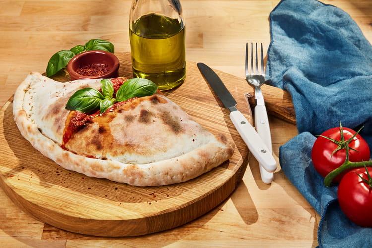 Pizza mozzarella et aubergines façon calzone