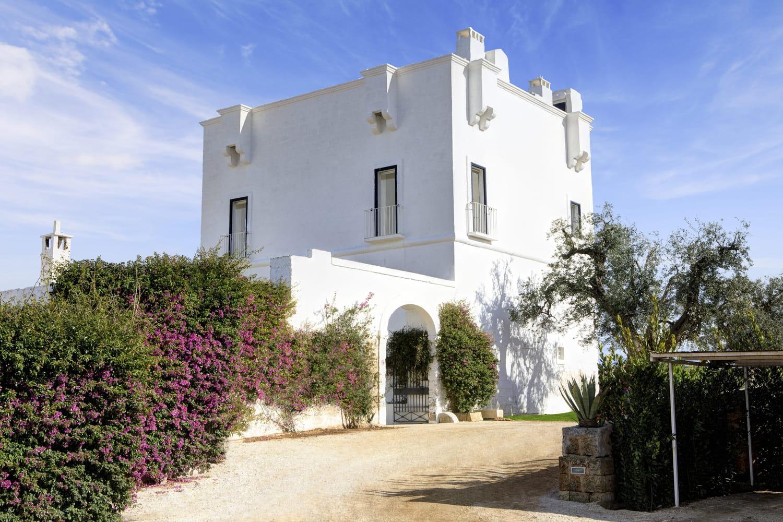 Rocco Forte transforme une ferme historique en hôtel idyllique dans les Pouilles