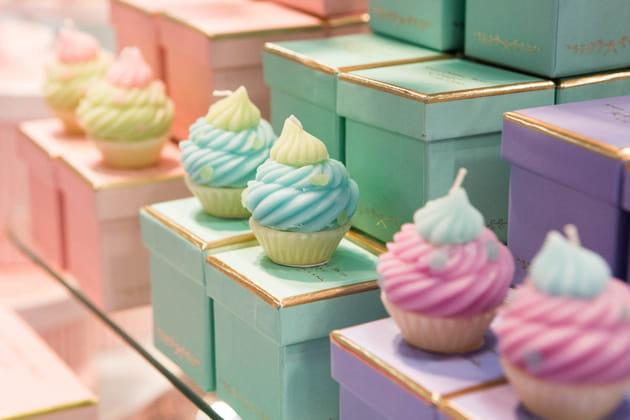Des bougies en forme de gâteaux