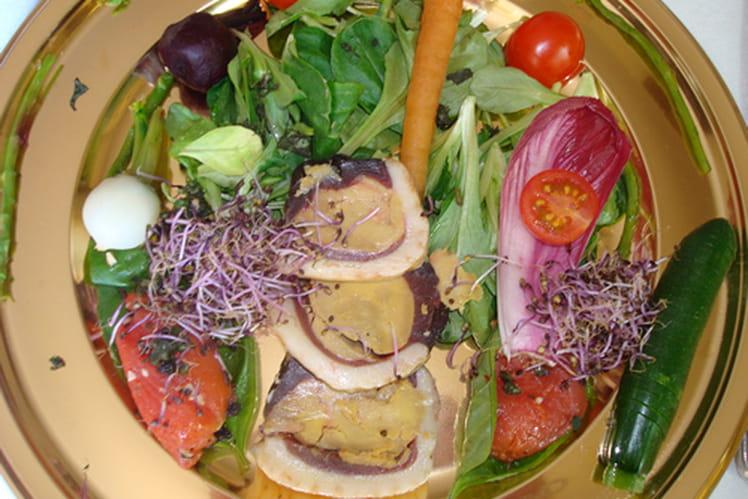 Salade de magret au foie gras et mini légumes