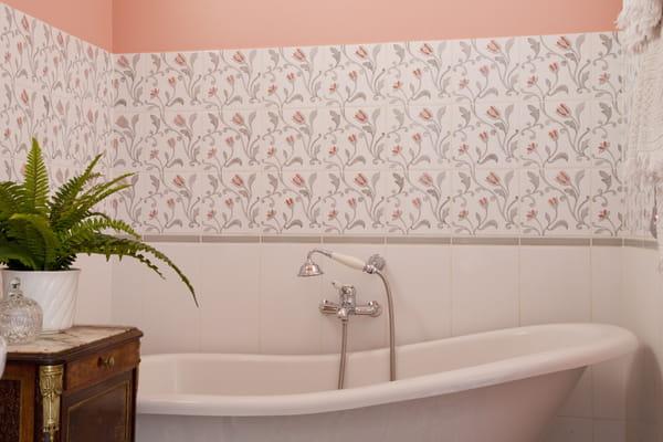 carreau-ciment-mur-salle-bains