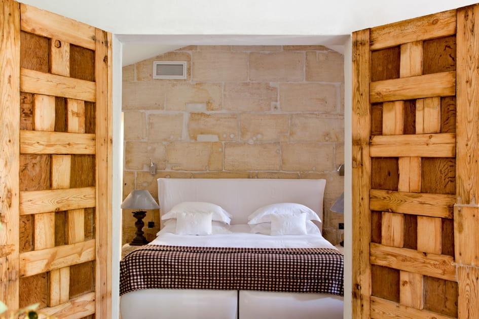 Une chambre aux allures rustiques