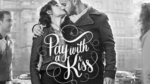 Garçon, un baiser serré SVP !