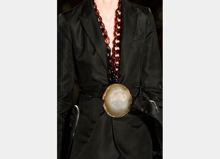 Givenchy (Close Up) - photo 4
