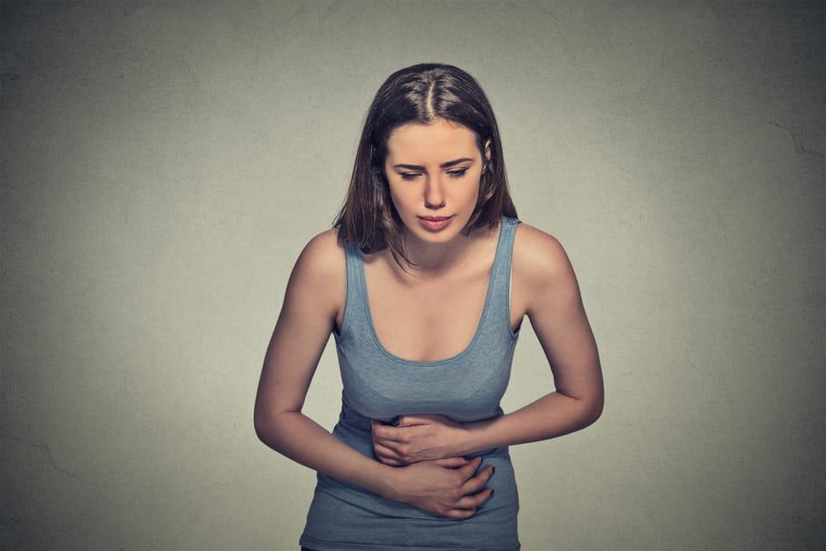 Douleur à l'estomac: causes, remèdes, que manger?