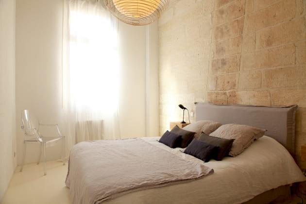 Une chambre aux couleurs naturelles