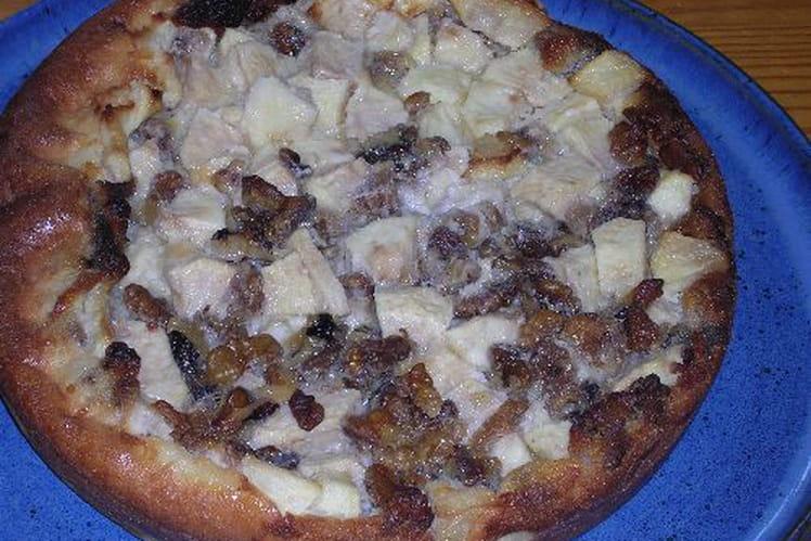 Clafoutis pommes, noix et raisins