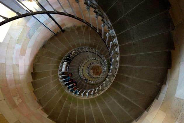 Vertigineux escalier