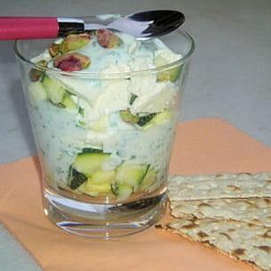 verrine de courgettes au fromage blanc et pistaches